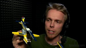 Morten Rand-Hendriksen uses a LEGO helicopter to illustrate how a WordPress child theme works.