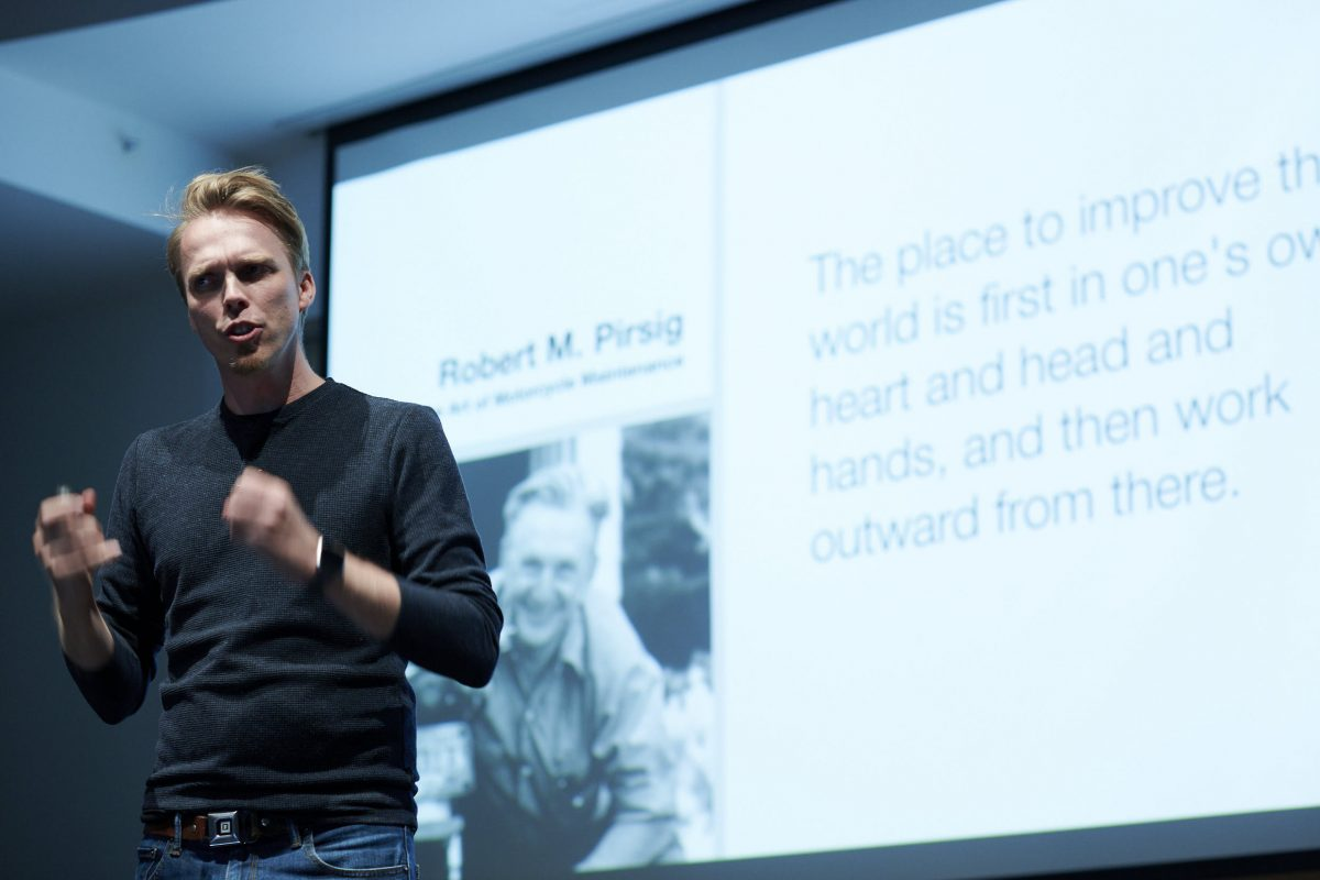 Morten on stage at Radical Research Summit 2019